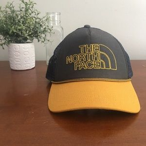 The North Face Snap Back Trucker Hat
